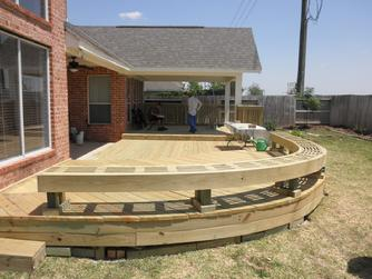 Deck builder, Houston