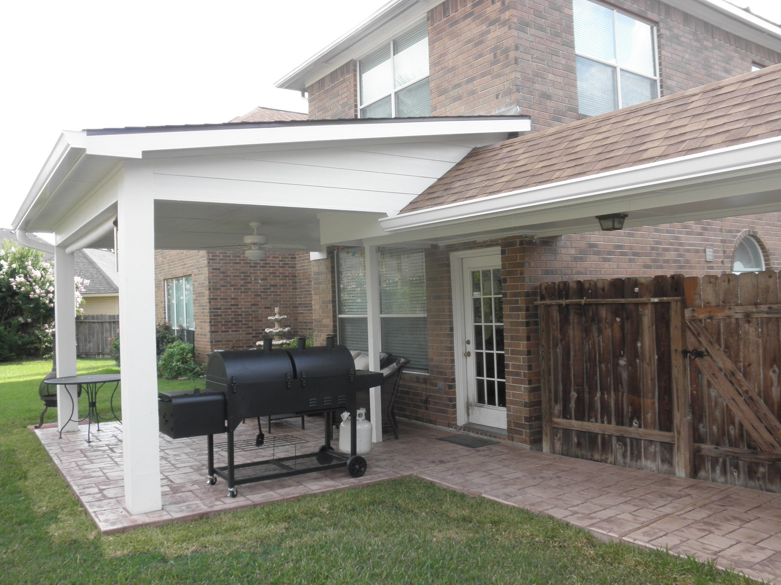 Custom Patio Covers in Sugar Land TX – Affordable Shade Patio Covers